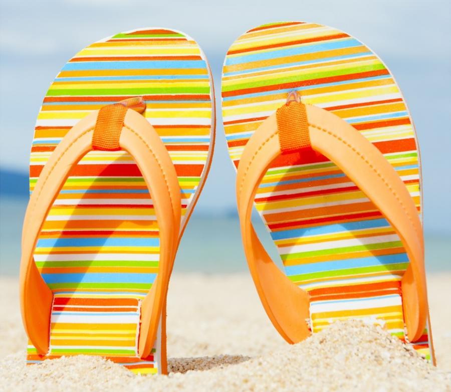 Foto: Sandaler på strand