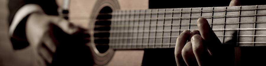 Foto: Mand med guitar