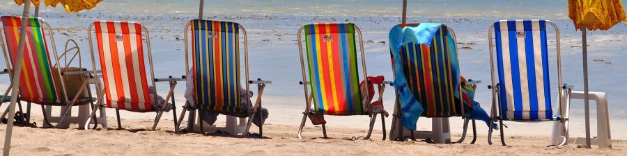 Foto: Liggestole på en strand