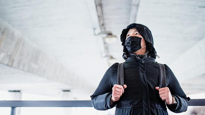 Person med maske